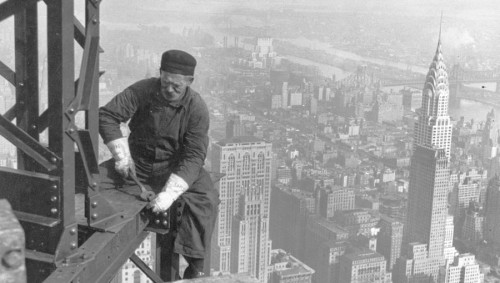 Hine_Lewis-MenAtWork_EmpireState1930